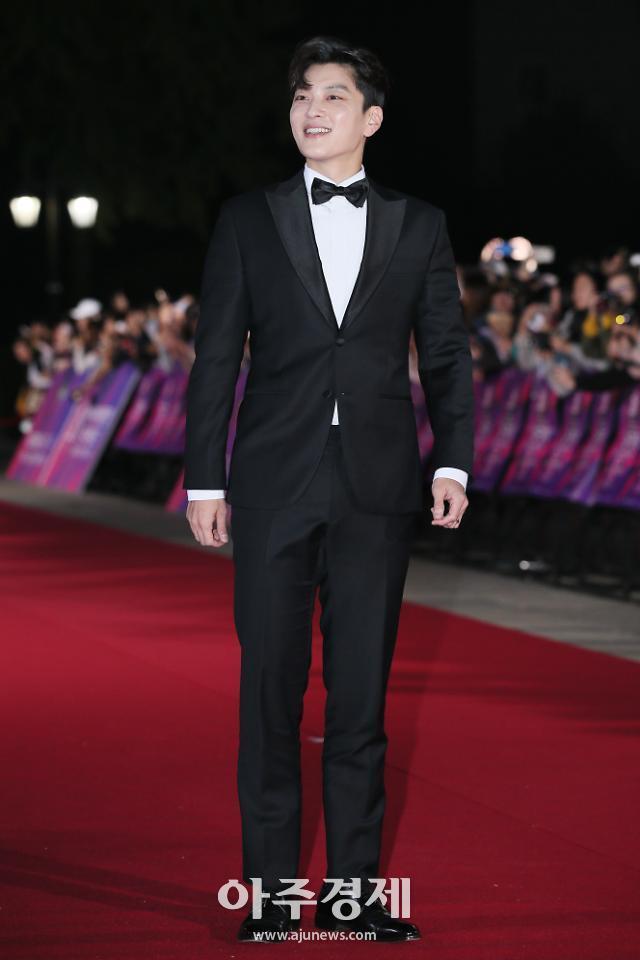장승조, tvN 남자친구 출연 확정…송혜교·박보검과 만난다 [공식]