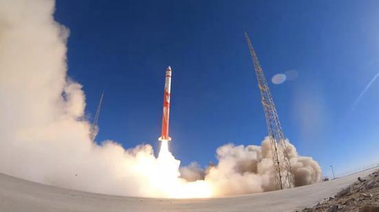 """중국 최초 민간 상업용 로켓 발사 실패, """"계속 도전한다"""""""
