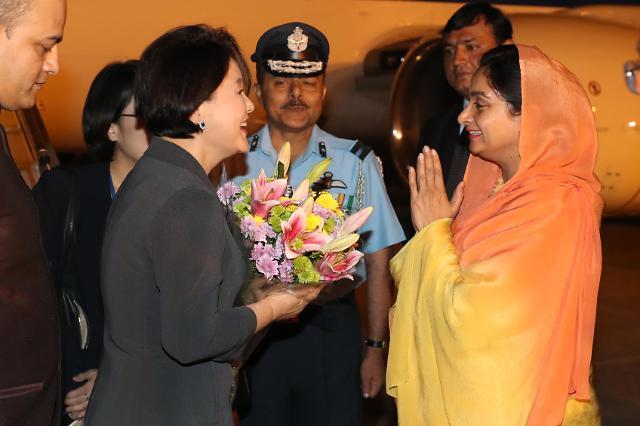 金正淑女士在印度开展第一夫人外交