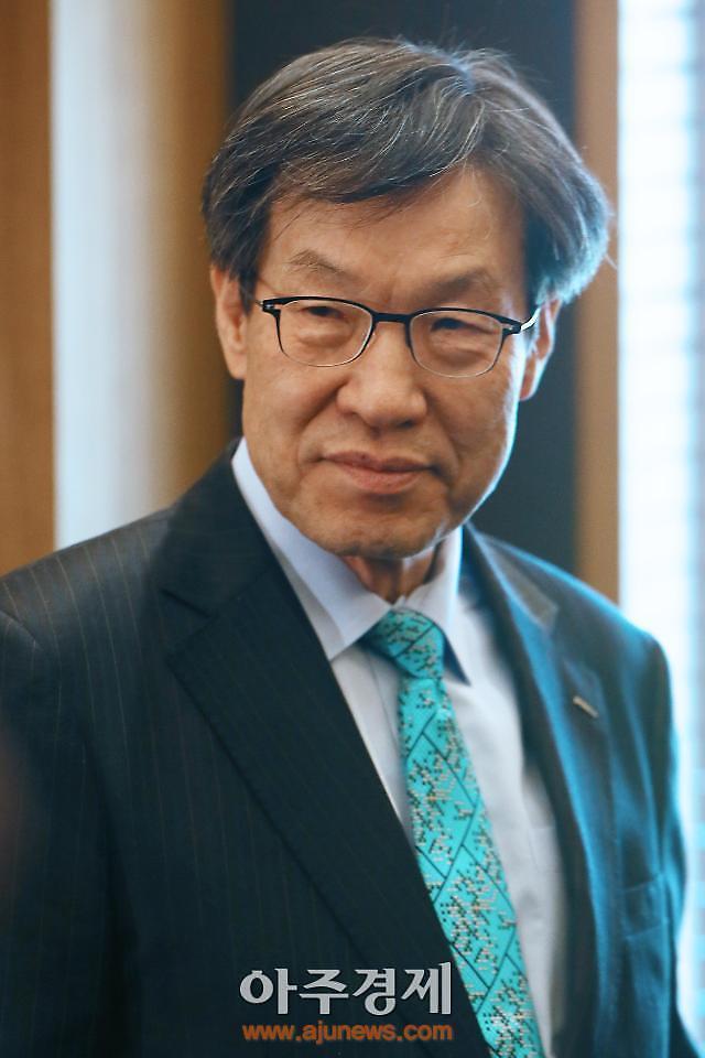 [WHO] 권오준 포스코 전 회장, 포스코 밖에서 동반성장·국가발전 경영철학 실천