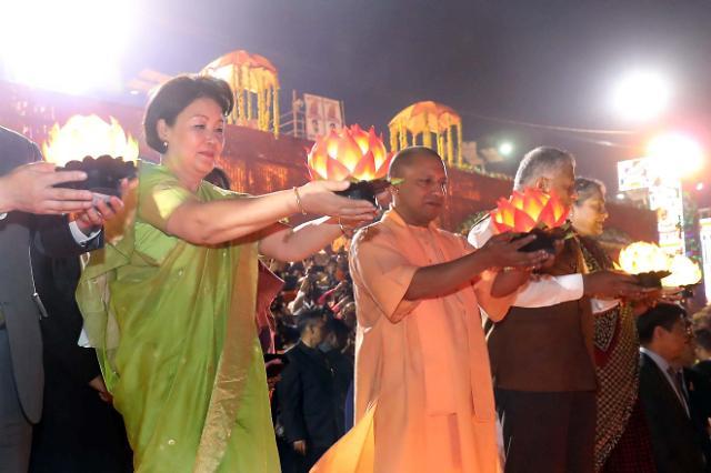 第一夫人出席印度排灯节开幕式