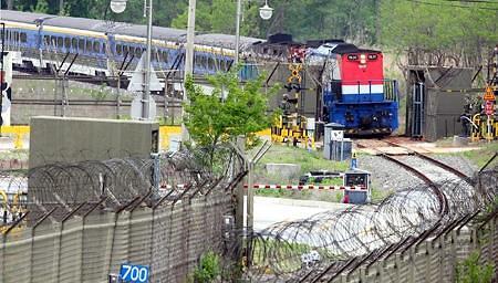 韩政府:朝美会谈与韩朝铁路考察不分孰先孰后