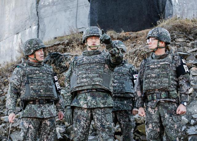 韩朝正式开始拆除非军事区内各10处哨所建筑