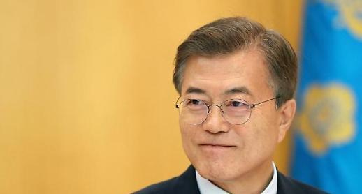 문 대통령, 아세안·APEC 정상외교 시동