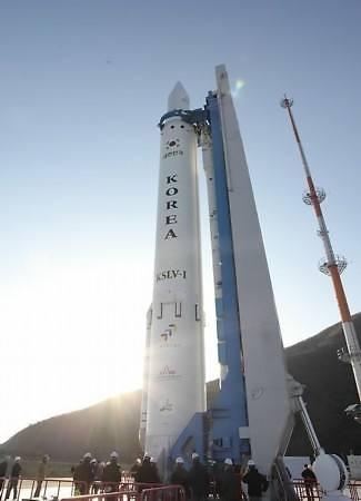 韩国欲研制民用固体运载火箭 正在与美国协商