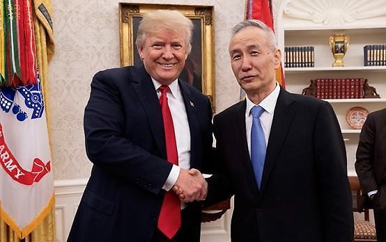 트럼프·시진핑 회담 전 협상 군불…무역전쟁 완화될까