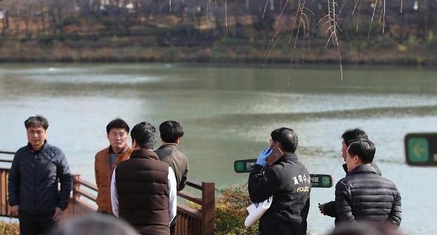 석촌호수 실종 대학생 사망 확인 후 경찰 향한 비난의 화살