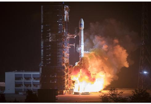 中, GPS 항법위성 베이더우3호 2기 발사 성공…우주굴기 착착
