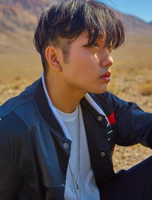 Sam Kim发行首张正规专辑《Sun And Moon》