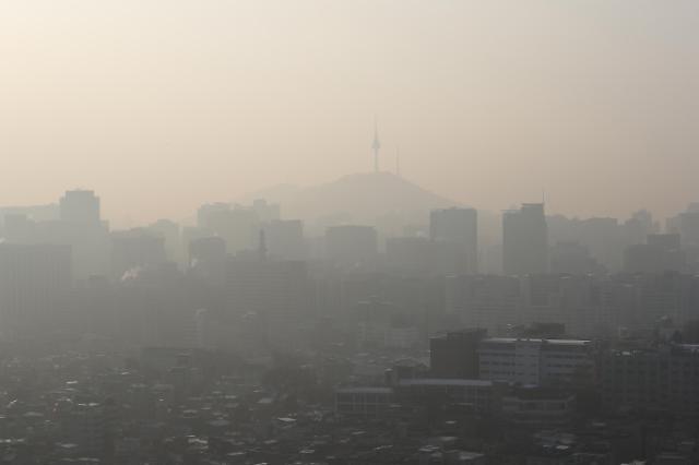 雾霾再袭首尔