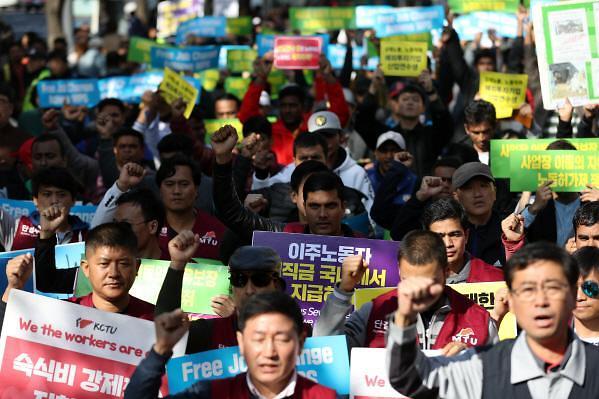 人工费上涨经营环境差 韩中小企业明年外籍劳工雇佣规模将减少