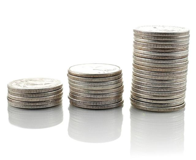 BOK raises key rate on ballooning household debt: Yonhap
