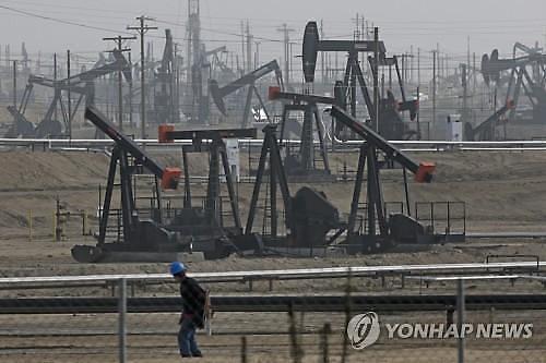 OPEC+, 국제유가 급락 제동거나…시장선 2014년 11월 데자뷔 우려