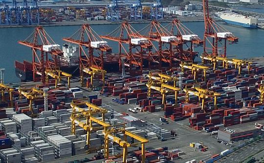 韩国11月出口额虽增加 但对华贸易增幅却为负