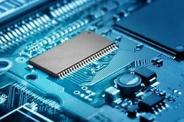 .中国超越韩国成全球最大半导体设备市场.