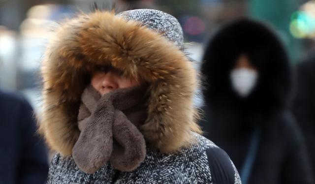 首尔遇断崖式降温 体感温度骤降至零下15度