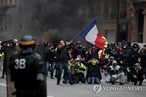 [글로벌포토] 노란 조끼 집회에 1만4000명 참여...벨기에로 확전