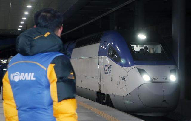 江陵线KTX列车恢复正常运行