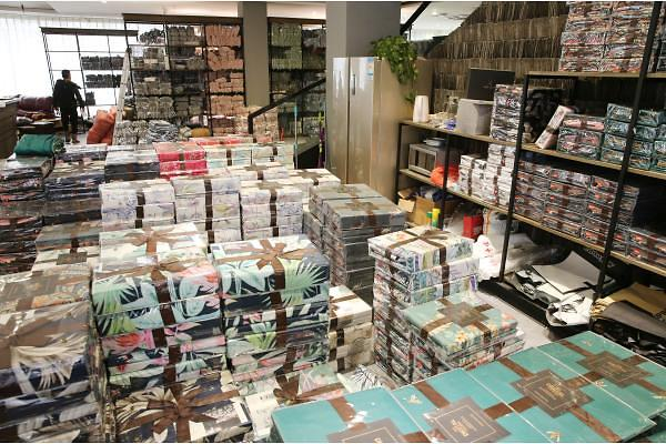 [중국포토] 올해 마지막 쇼핑 대목, 12월 12일 '솽스얼' 준비 끝