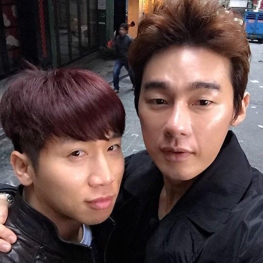따뜻한 우리 형, 잘 버텨 유세윤, 악성림프종 투병 중인 허지웅 응원