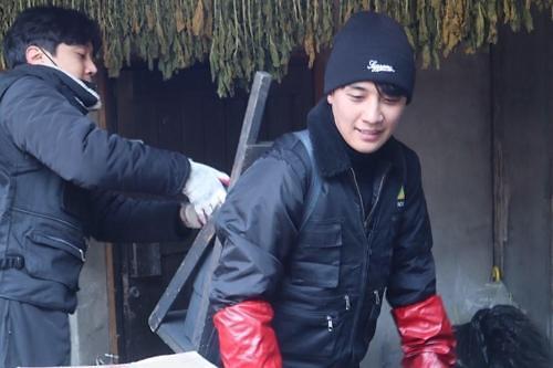 BIGBANG胜利向儿童福利机构捐款60万元