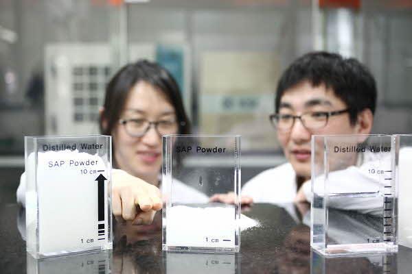 '기저귀 시장', 화학 산업 내 미래 먹거리로 급부상