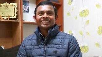 [포토] 스리랑카 의인, '대한민국 영주권 받다'