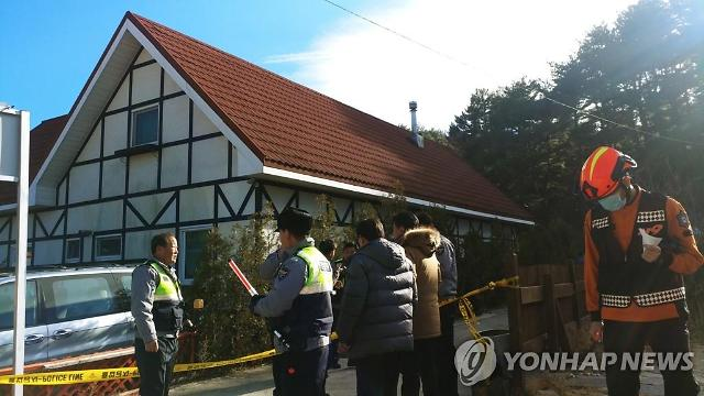 Three high school students found dead in pension
