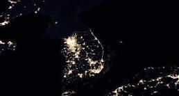 .韩朝2017年人均收入相差23倍.