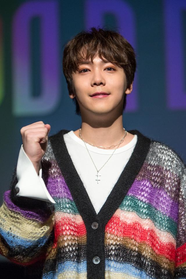 Singer-actor Lee Hong-gi to hold solo concert before enlistment