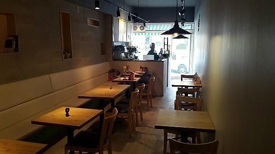 韩加盟店平均寿命四年 咖啡厅最短仅两年