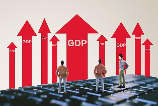 """中 사회과학원 """"내년 중국 경제성장률 6.3%... 수출 증가세 둔화"""" 전망"""