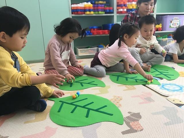 """想回国都回不去 韩国""""黑户口""""外国儿童超2万人"""
