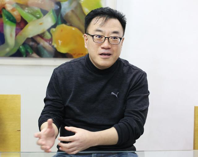 """[데스크, 아주人 만나다] 김기록 코리아센터 대표 """"중국 수출입 통로 웨이하이 진출"""""""