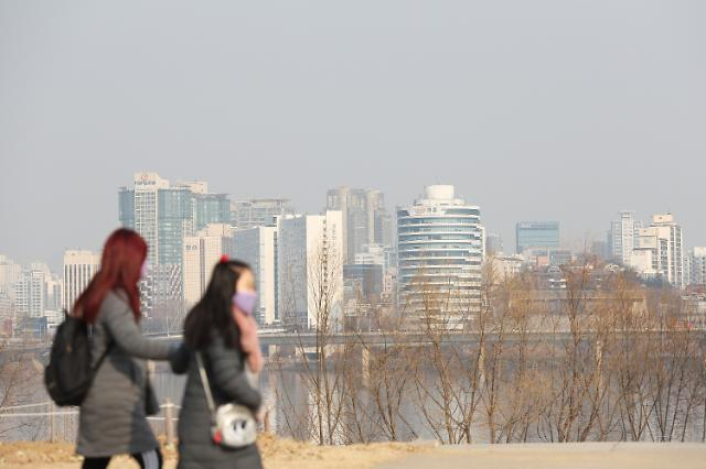올해 첫 수도권 미세먼지 비상저감조치…내일 화력발전 제한키로