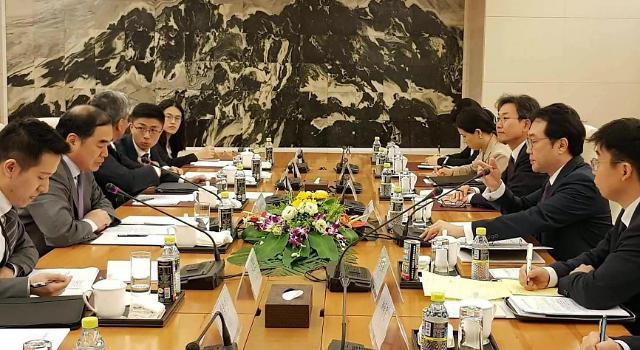 韩中朝鲜半岛事务特别代表17日首尔举行会谈