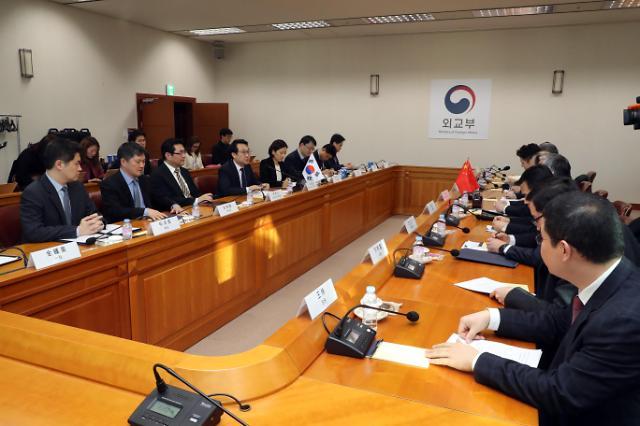 韩中朝鲜半岛事务特别代表在首尔举行会谈