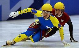""".曾经的奥运冠军如今的""""软饭男"""" 韩国速滑选手金东圣的没落史."""