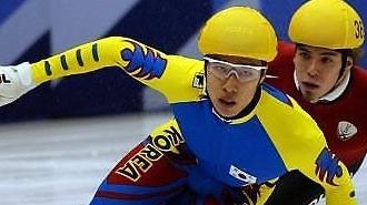 """曾经的奥运冠军如今的""""软饭男"""" 韩国速滑选手金东圣的没落史"""