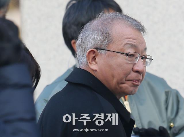 양승태 23일 구속영장 심사…명재권 부장판사가 심리