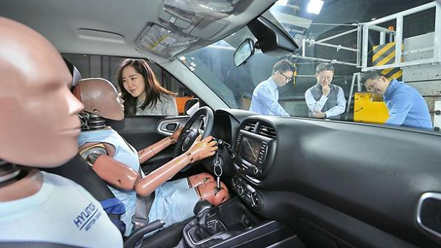 Hyundai Motor develops worlds first multi-collision airbag system