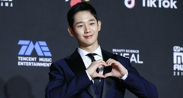[단독] 은행권, 워너원·BTS·블랙핑크 이어 정해인