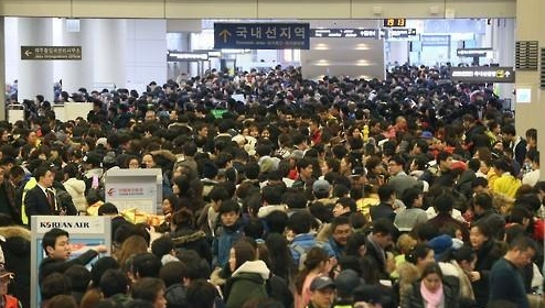 济州国际机场超负荷运转 新机场建设依旧受阻
