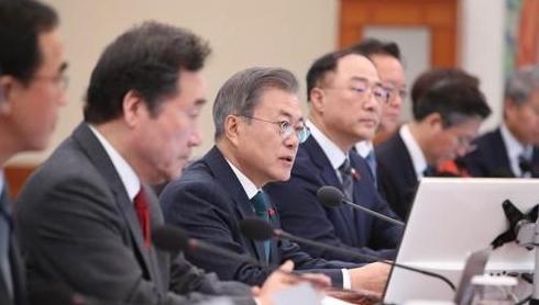 韩总统文在寅:应将雾霾视为灾难积极应对