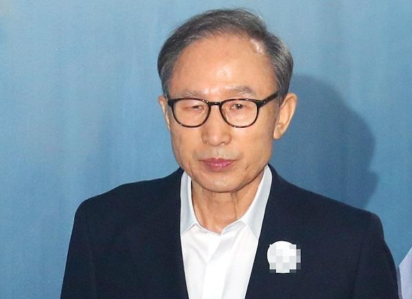李明博要求保释 已向法院提交申请