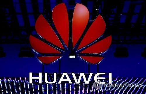 화웨이 악재는 기우? 스마트폰 연간 출하량 35% 성장...삼성·애플 추월될까