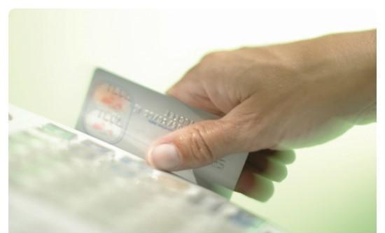 韩信用卡消费额去年首破600万亿韩元 五年间增长40.8%