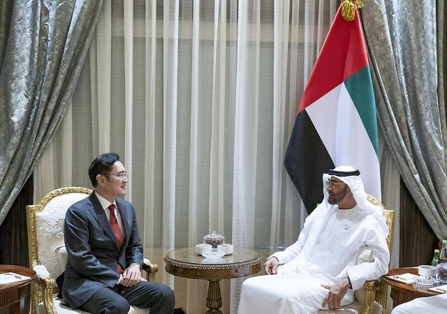 [포토] 아랍에미리트 왕세자 만난 이재용
