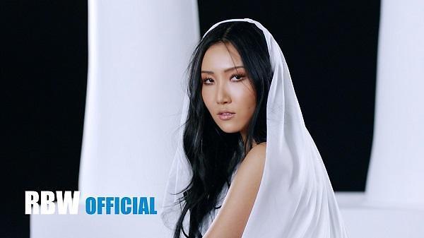 《twit》MV预告视频公开 华莎即将SOLO出道