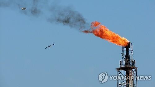 [국제유가] OPEC, 1월 산유량 전월 대비 3081만 배럴 감소...WTI 1.3%↑